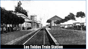 Los Toldos Train Station